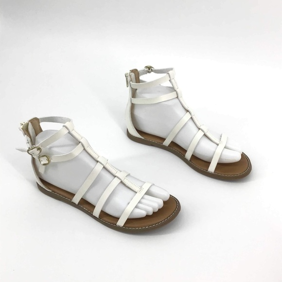 Old Navy Shoes - Old navy white gladiator strap sandals size 6